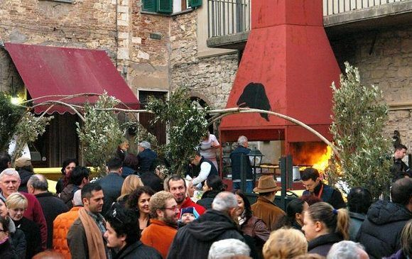 Sagra del Cinghiale Suvereto: cucina tipica, folklore e storia